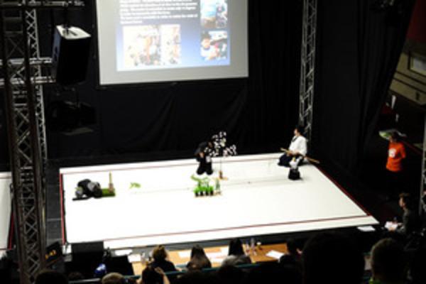RoboCup2013世界大会で「侍ロボット」がチャンピオンに!
